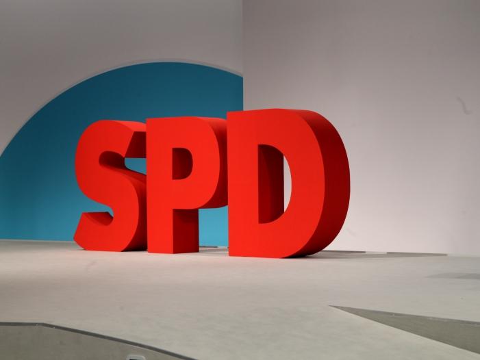 Bild von SPD-Spitze weitgehend offen für Bündnisse mit Linkspartei