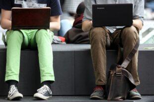 """SPD Vorsitzbewerber Roth und Kampmann wollen Onlinegeld einfuehren 310x205 - SPD-Vorsitzbewerber Roth und Kampmann wollen """"Onlinegeld"""" einführen"""