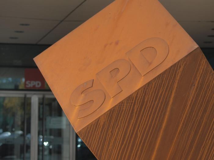 Scharfe parteiinterne Kritik an Kandidatensuche fuer SPD Vorsitz - Scharfe parteiinterne Kritik an Kandidatensuche für SPD-Vorsitz