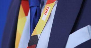 Umfrage Mehrheit der Unions Anhaenger fuer CDU Verbleib Maassens 310x165 - Umfrage: Mehrheit der Unions-Anhänger für CDU-Verbleib Maaßens