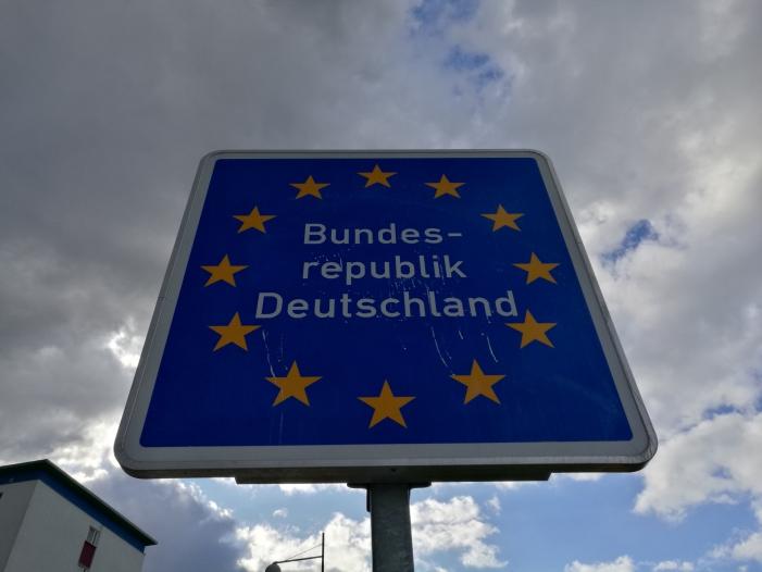 Verlängerung der Grenzkontrollen nach Österreich noch offen