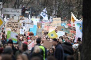 """AfD Vize Pazderski beklagt Klima Wahn 310x205 - AfD-Vize Pazderski beklagt """"Klima-Wahn"""""""