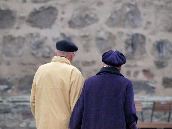 Photo of Frauen bekommen ein Viertel weniger Rente als ihre Partner