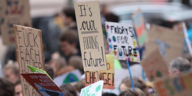 Gabriel rät SPD zu Selbstbewusstsein im Umgang mit Klimaschützern 660x330 - Gabriel rät SPD zu Selbstbewusstsein im Umgang mit Klimaschützern