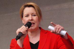 Giffey will Rückholung deutscher Kinder aus Gefangenenlagern 310x205 - Giffey will Rückholung deutscher Kinder aus Gefangenenlagern
