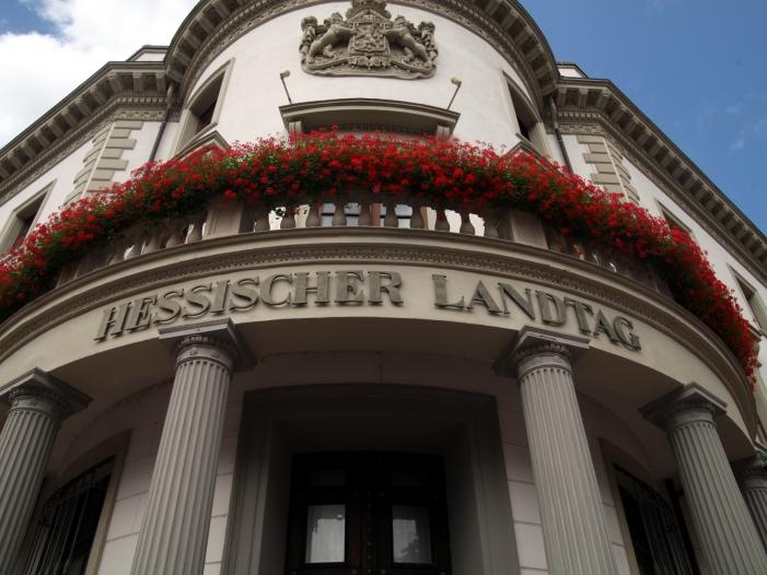 Bild von Hessens Innenminister plant schärferes Waffenrecht