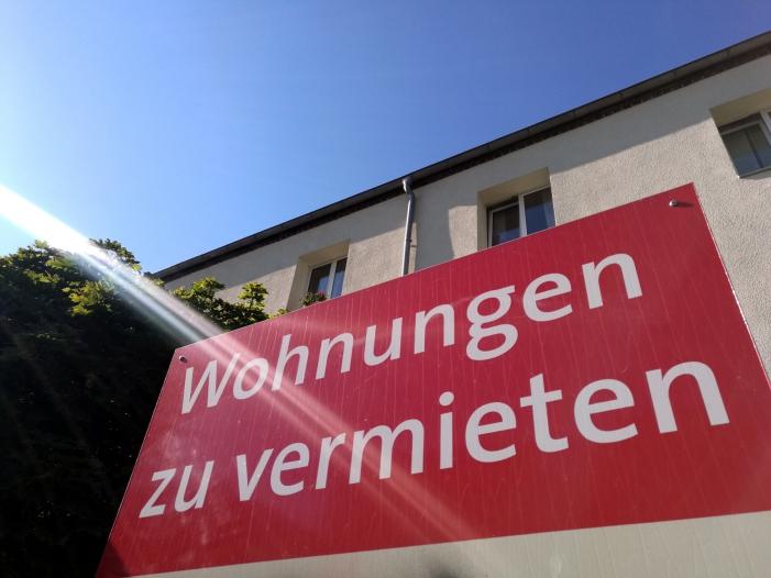 Photo of Jeder fünfte Hartz-IV-Empfänger zahlt Teil der Miete selbst