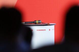 """Jusos stellen Musterfragen auf SPD Regionalkonferenzen 310x205 - Jusos stellen """"Musterfragen"""" auf SPD-Regionalkonferenzen"""