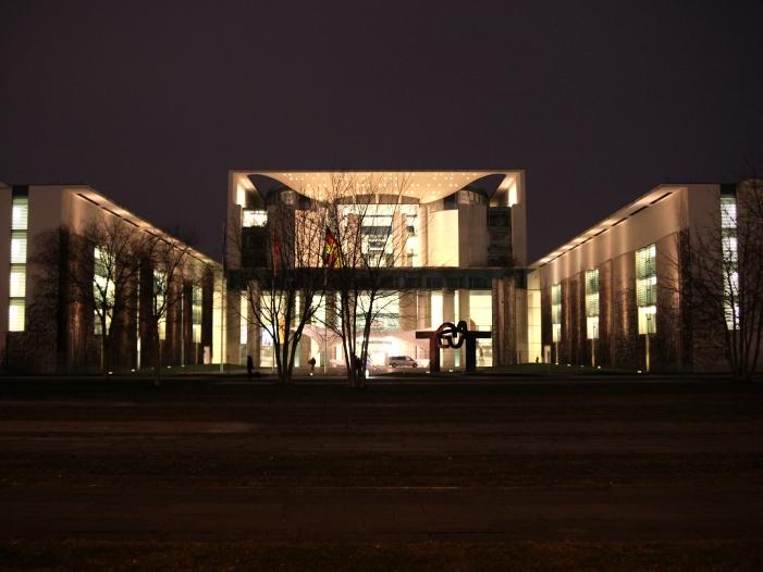 Kanzleramt gibt Memoiren von Ex BND Präsident Schindler nicht frei - Kanzleramt gibt Memoiren von Ex-BND-Präsident Schindler nicht frei