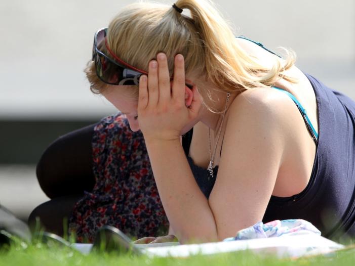 Photo of Regierung warnt vor Gesundheitsgefahren durch mehr Hitze