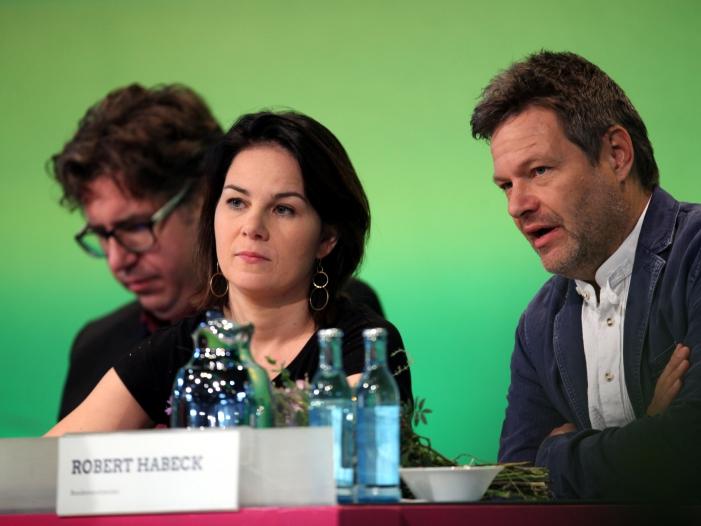 Photo of Söder stellt Kompetenz der Grünen infrage