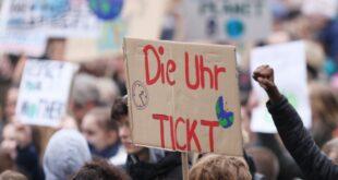 """Schlechter Witz FFF Bewegung mit Klima Paket unzufrieden 310x165 - """"Schlechter Witz"""": FFF-Bewegung mit Klima-Paket unzufrieden"""