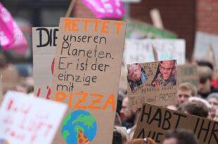 Umfrage Mehrheit begrüßt Rufe nach klimafreundlichem Verhalten 310x205 - Umfrage: Mehrheit begrüßt Rufe nach klimafreundlichem Verhalten