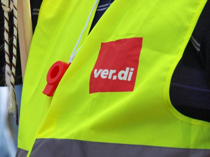 Verdi will im Osten niedrigere Arbeitszeit - Verdi will im Osten niedrigere Arbeitszeit