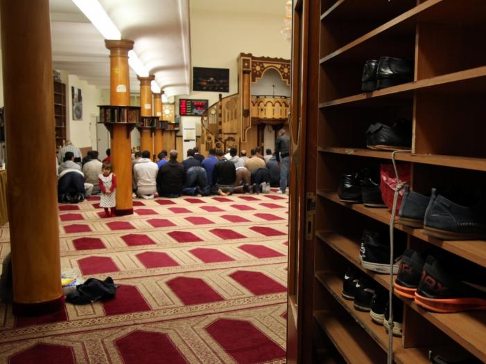 Bild von Zentralrat der Muslime will mehr Polizeischutz für Moscheen