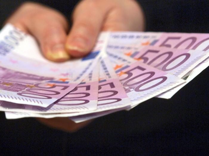 Bild von Öffentlicher Haushalt erzielt Überschuss von 10,9 Milliarden Euro