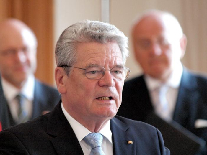 """Photo of Altbundespräsident Gauck: """"Merkel wird noch gebraucht werden"""""""