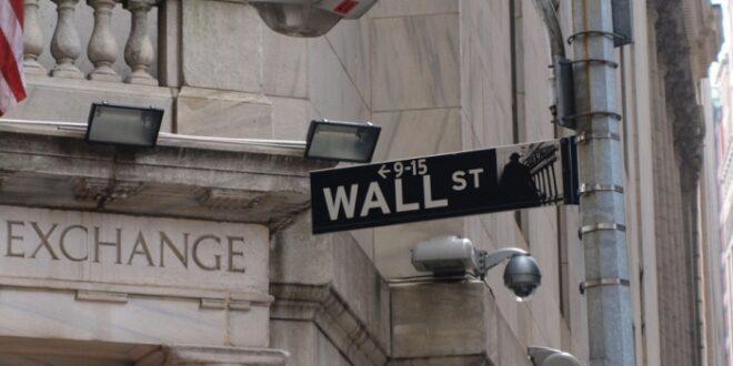 Auch an US Börsen kräftige Verluste Gold stärker 660x330 - Auch an US-Börsen kräftige Verluste - Gold stärker