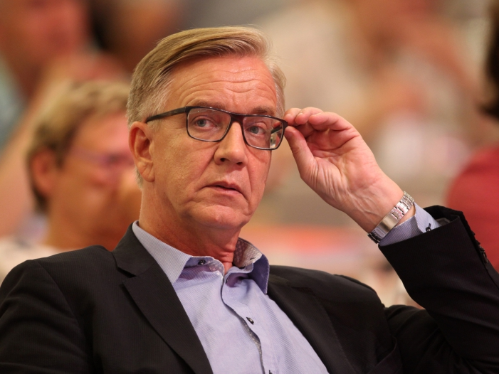Photo of Bartsch hält Linke-CDU-Bündnis in Thüringen für möglich