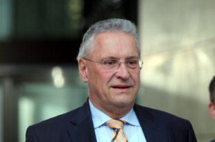Bayerns Innenminister Rücknahme von IS Kämpfern unter Bedingungen 310x205 - Bayerns Innenminister: Rücknahme von IS-Kämpfern unter Bedingungen