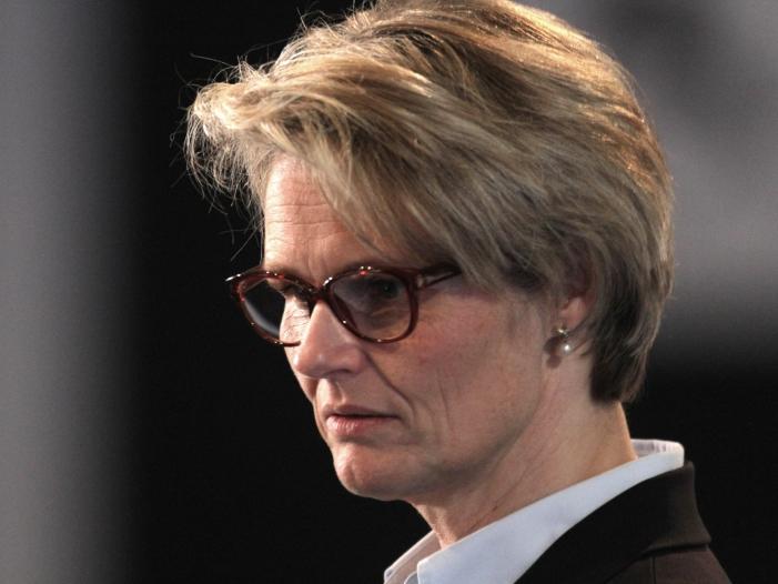 Photo of Bildungsministerin verteidigt Wissenschaftsfreiheit