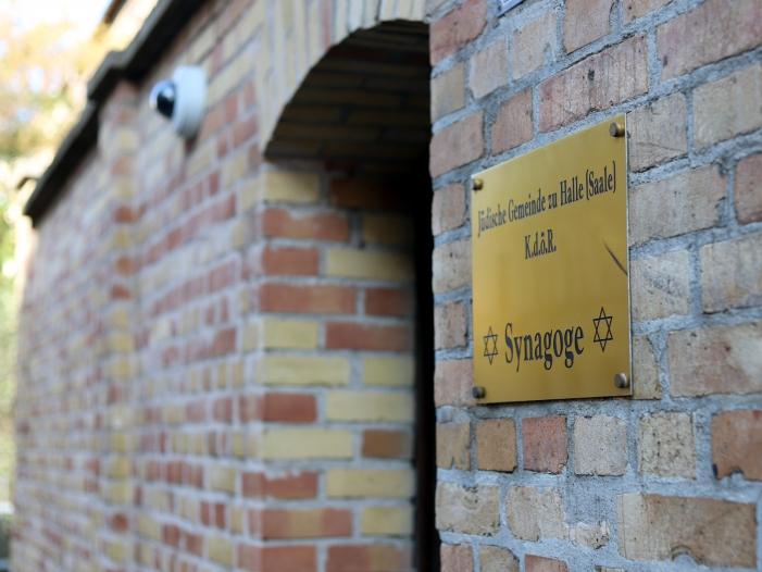 Gemeindemitglieder Sicherheitsvorkehrungen in Halle gering - Gemeindemitglieder: Sicherheitsvorkehrungen in Halle gering