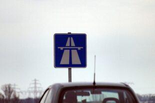 Gewerkschaft der Polizei fordert Tempolimit auf Autobahnen 310x205 - Gewerkschaft der Polizei fordert Tempolimit auf Autobahnen