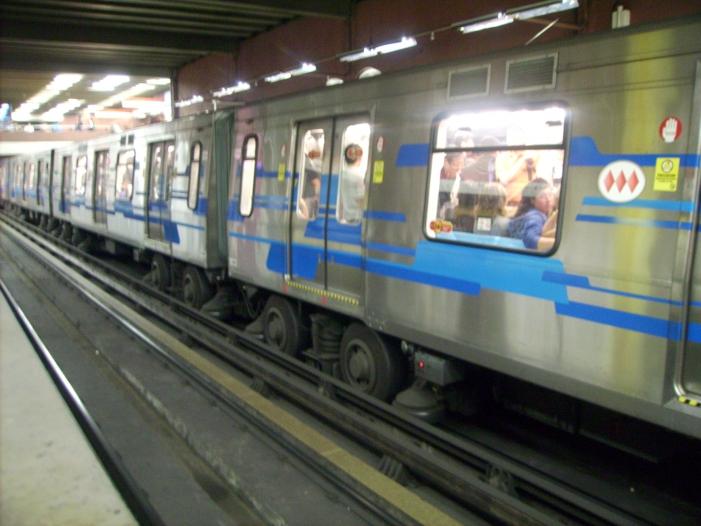 Bild von Höhere Metro-Preise: Tote und Verletzte bei Protesten in Chile