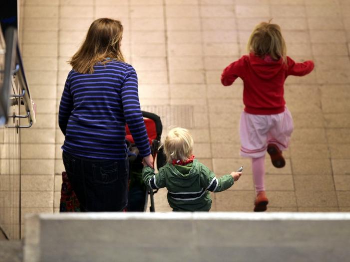 Bild von Kinderreiche Familien häufiger von Armut bedroht