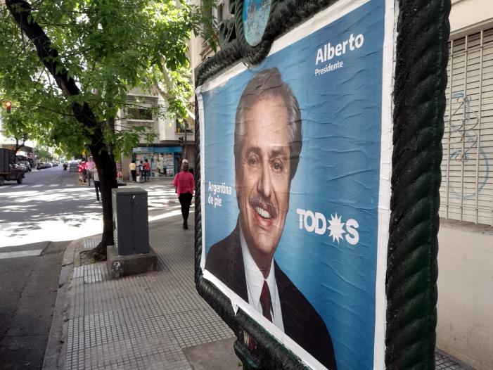 Photo of Machtwechsel nach Wahl in Argentinien – Fernández vorne
