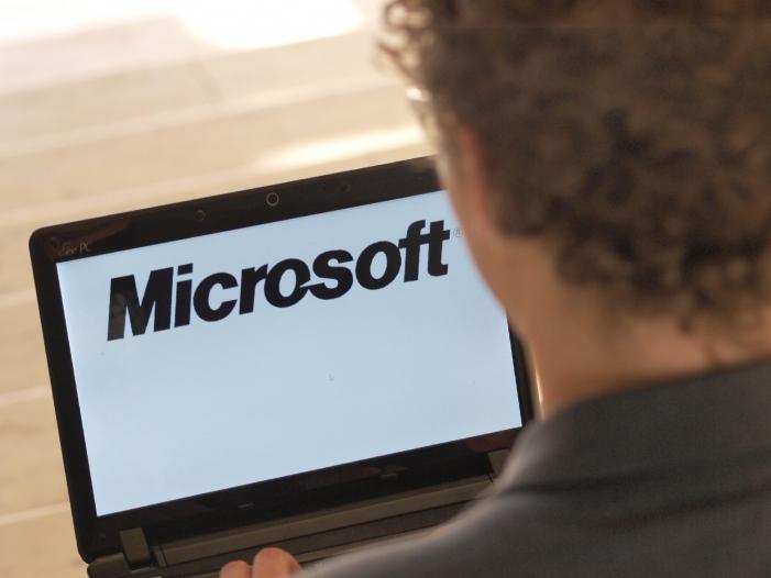 Photo of Microsoft setzt künftig stärker auf Hardware