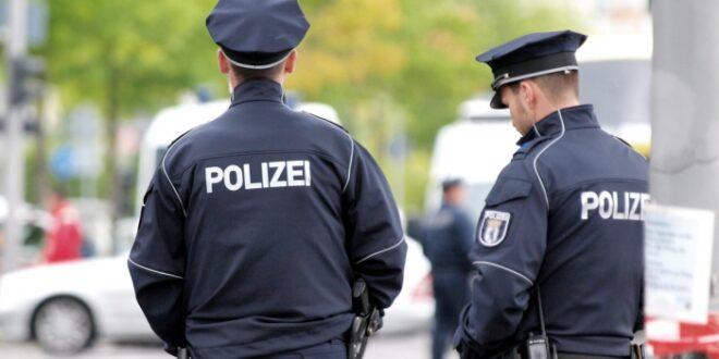 Nach Schüssen in Halle Bundesweit mehr Polizei vor Synagogen 660x330 - Nach Schüssen in Halle: Bundesweit mehr Polizei vor Synagogen