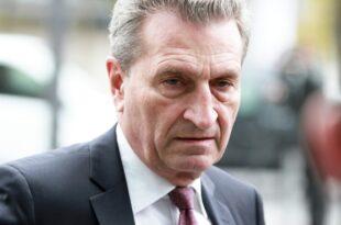 Oettinger hält Verzicht von AKK auf Kanzlerkandidatur für möglich 310x205 - Oettinger hält Verzicht von AKK auf Kanzlerkandidatur für möglich