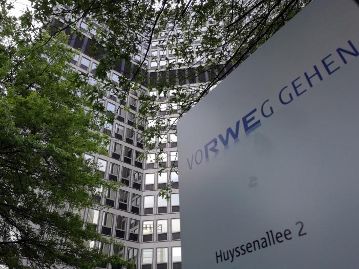 RWE-Chef ruft Politik zu stärkeren Ökostrom-Ausbau auf