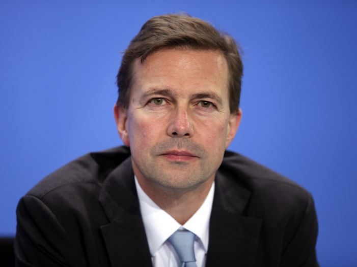 Photo of Regierungssprecher sendet Genesungswünsche an Altmaier