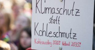 "Sachsens Ministerpräsident kritisiert Klimahysterie 310x165 - Sachsens Ministerpräsident kritisiert ""Klimahysterie"""