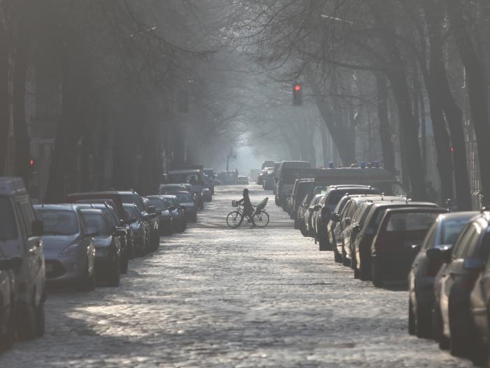 Scheuer will Obergrenze für Anwohnerparkausweise kippen - Scheuer will Obergrenze für Anwohnerparkausweise kippen