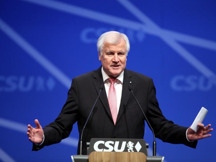 Seehofer kommt nicht zum CSU Parteitag - Seehofer kommt nicht zum CSU-Parteitag