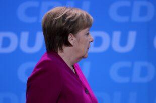 Spitzenökonomen verlangen von Merkel Einsatz für Brexit Deal 310x205 - Spitzenökonomen verlangen von Merkel Einsatz für Brexit-Deal