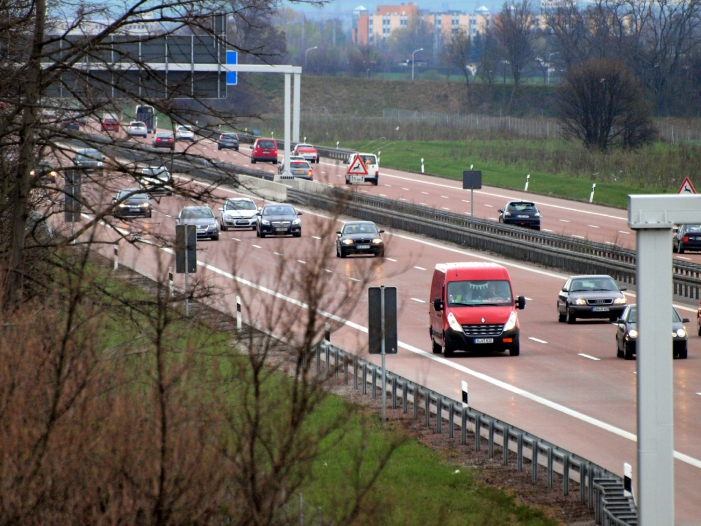 Bild von Stegner für Tempolimit von 130 Stundenkilometern auf Autobahnen
