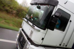 Traton Chef fordert bessere Arbeitsbedingungen für Lkw Fahrer 310x205 - Traton-Chef fordert bessere Arbeitsbedingungen für Lkw-Fahrer