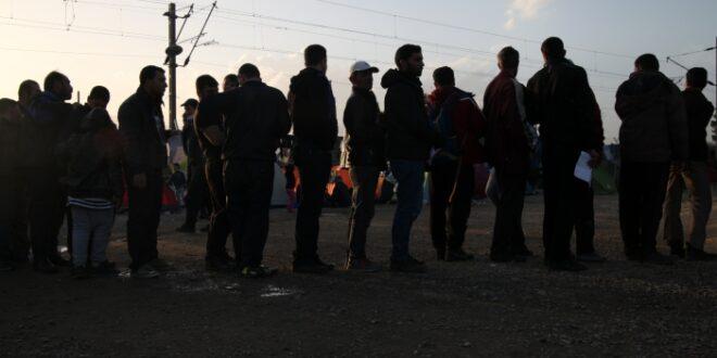 Umfrage Mehrheit begrüßt EU Türkei Flüchtlingsabkommen 660x330 - Umfrage: Mehrheit begrüßt EU-Türkei-Flüchtlingsabkommen