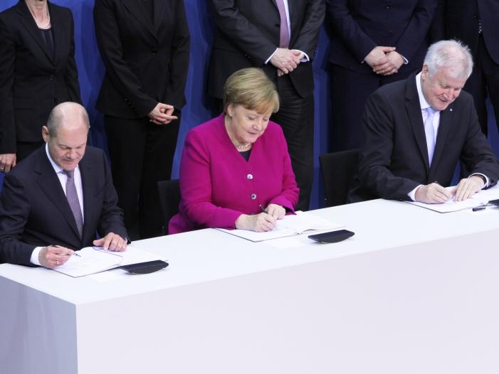 Photo of Umfrage: Schlechte Noten für Große Koalition