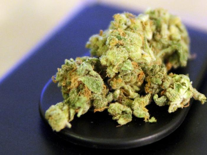 Photo of Union denkt über kontrollierte Cannabis-Abgabe an Erwachsene nach