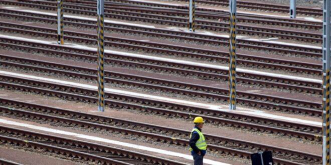 Verkehrsminister setzt Bahnchef Ultimatum für Verbesserungen 660x330 - Verkehrsminister setzt Bahnchef Ultimatum für Verbesserungen