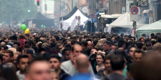 AfD beklagt unzureichenden Kampf gegen wachsende Weltbevölkerung 660x330 - AfD beklagt unzureichenden Kampf gegen wachsende Weltbevölkerung