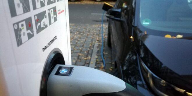 Auto Experte Bratzel Batterien derzeit alternativlos 660x330 - Auto-Experte Bratzel: Batterien derzeit alternativlos
