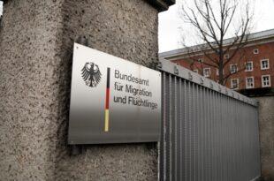 BAMF Chef rechnet 2019 mit über 140.000 neuen Asyl Erstanträgen 310x205 - BAMF-Chef rechnet 2019 mit über 140.000 neuen Asyl-Erstanträgen