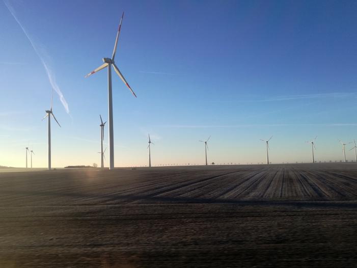 Baerbock kritisiert geplante Abstandsregeln für Windkraftanlagen - Baerbock kritisiert geplante Abstandsregeln für Windkraftanlagen