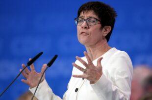 CDU interne Kritik an Kramp Karrenbauer reißt nicht ab 310x205 - CDU-interne Kritik an Kramp-Karrenbauer reißt nicht ab